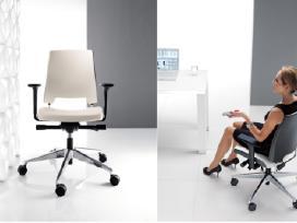 Subarteka parduoda: naujos ir naudotos biuro kėdės
