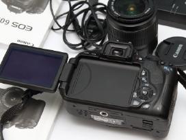 Canon 600d Is idealus komplektas, tik 2k kadru