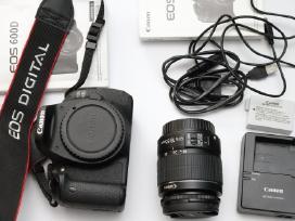 Canon 600d Is idealus komplektas tik 2k kadru