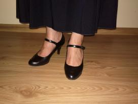 2 suknelės 42-44 dydžio ir juodi batukai
