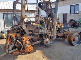 Traktorius Case Cvx1190 ardomas dalimis