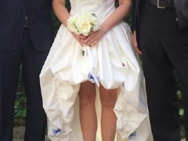 Vienetinė vestuvinė pieno baltumo suknelė