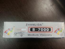 B-7000 klijai