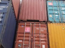 Juriniai konteineriai.