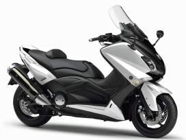 Superku motorolerius motociklus