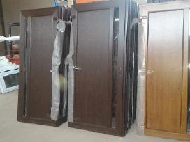 Plastikinės durys, plastikiniai langai pigiau.