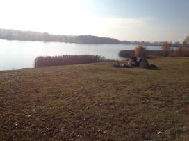 Namu valdos sklypas su ežero pakrante