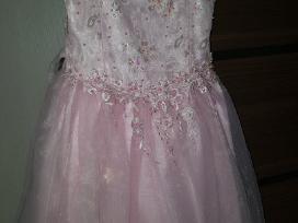 Rožinės spalvos puošni suknelė