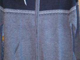 Didelių dydžių vyr.megztiniai ir bliuzonai