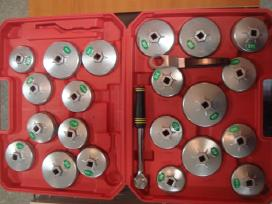 Filtro raktai puodukai lėkštės