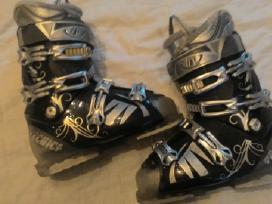 Daug slidinejimo batų 37-39 d.