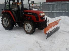 Valome sniegą kiemuose, aikštelėse