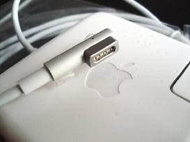 Apple MacBook kompiuterių pakrovėjai