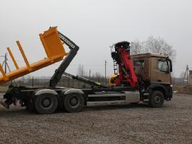 Hooklift kablio sistema ant sunkvežimio