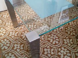 Stiklinis svetaines stalas