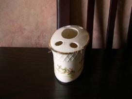 Porceliano  indas....zr. foto...20,-