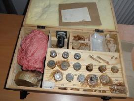 Mikroskopai, okuliarai, okuliarų gumos, objektyvai