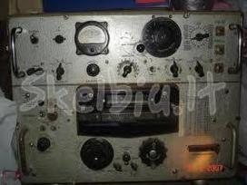 Perku karinius radijo imtuvus, radijo stotis