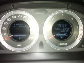 Volvo prietaisų skydelio remontas, kalbos keitimas
