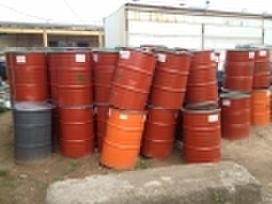 Parduodamos 200 litrų metalinės statinės