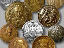 Perku lietuviškus stalo medalius, bareljefus