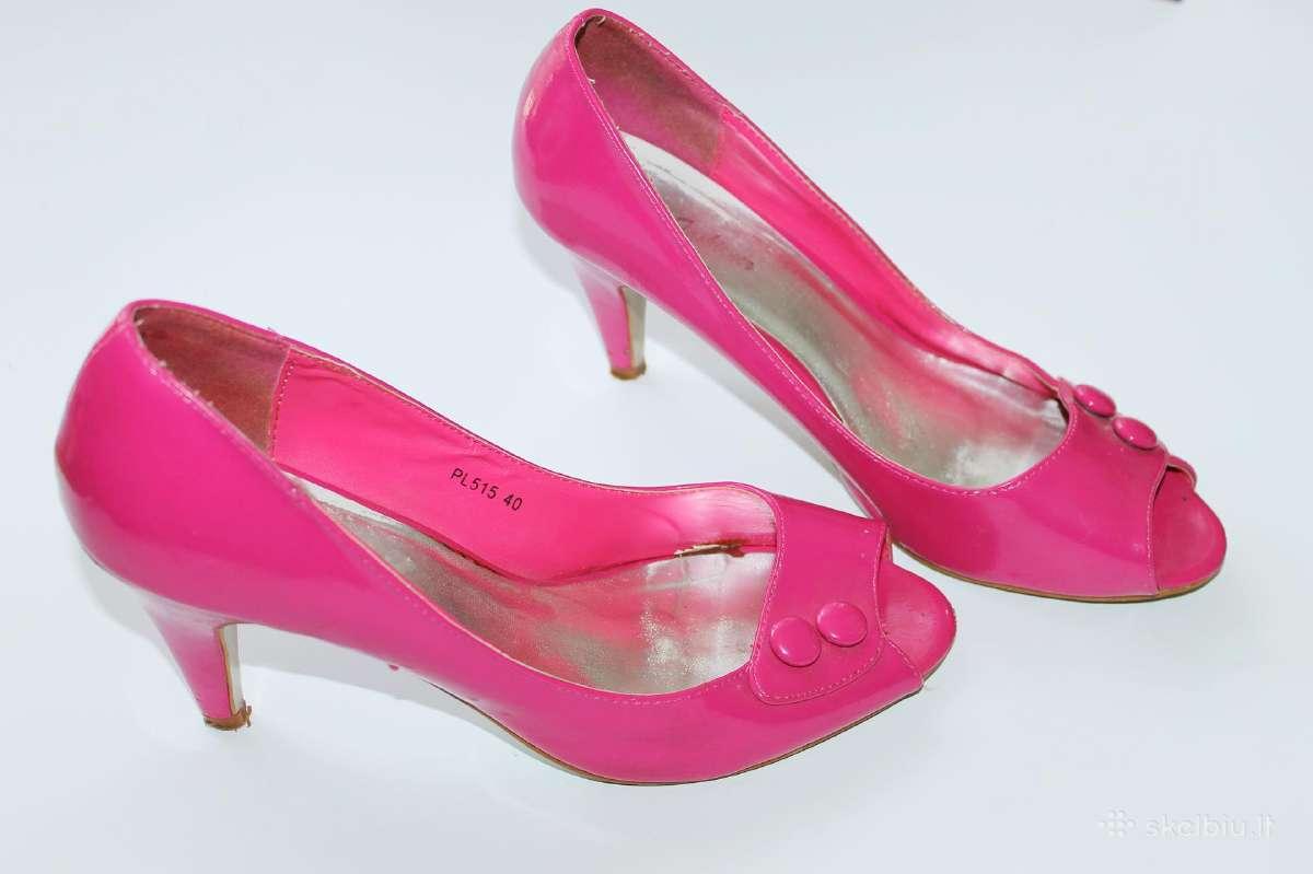 Rožinės basutės