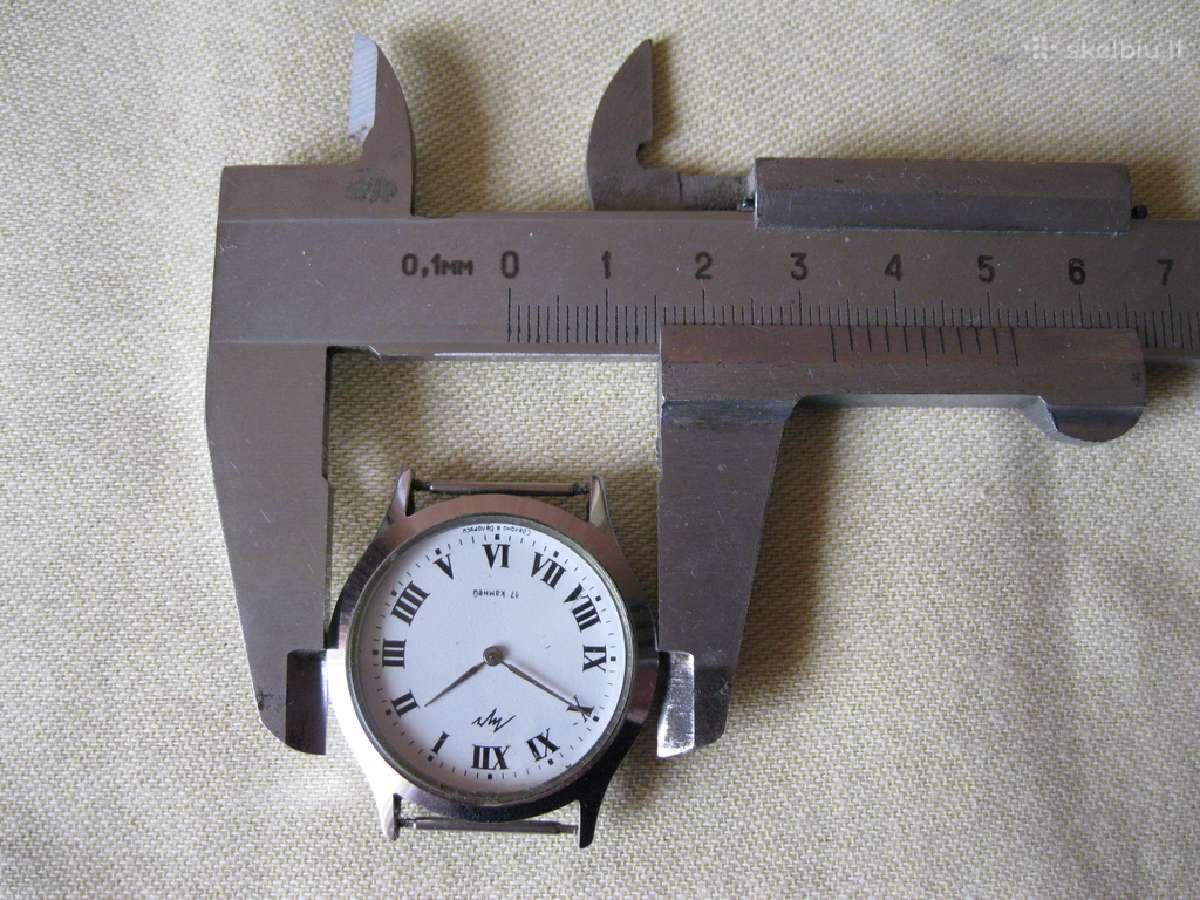 Rankinis laikrodis.zr. foto.pajudini veikia.