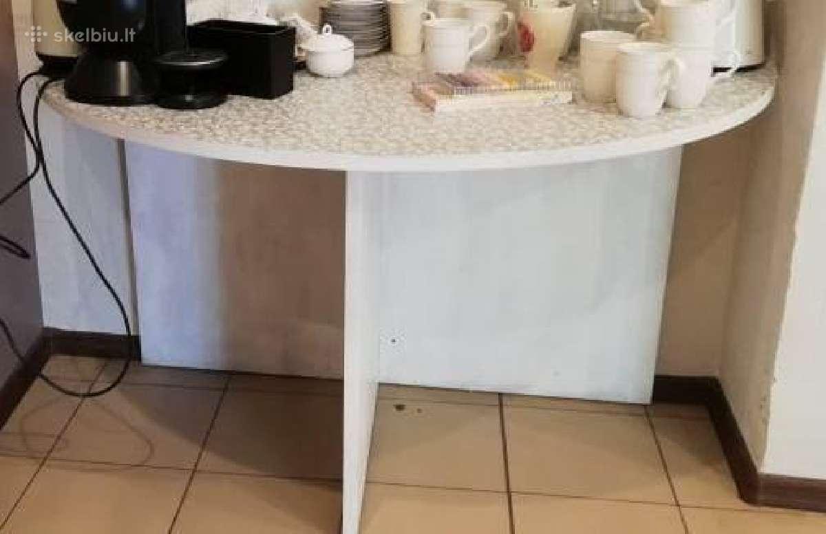 Naudotas stalas