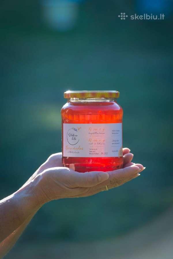Bičių produktai. Medus, pikis ir bičių duonelė
