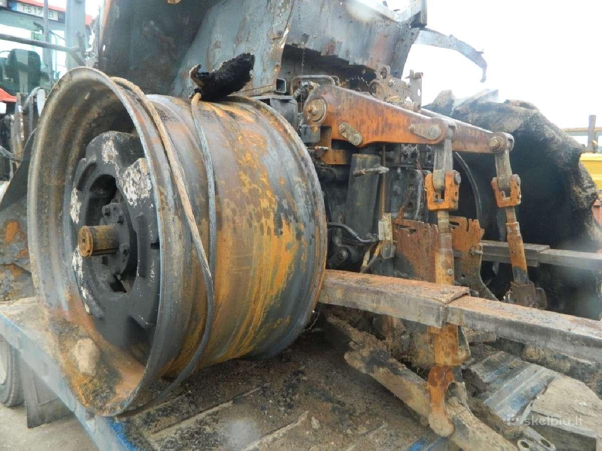 Traktoriaus Case 310 Magnum atsarginės dalys