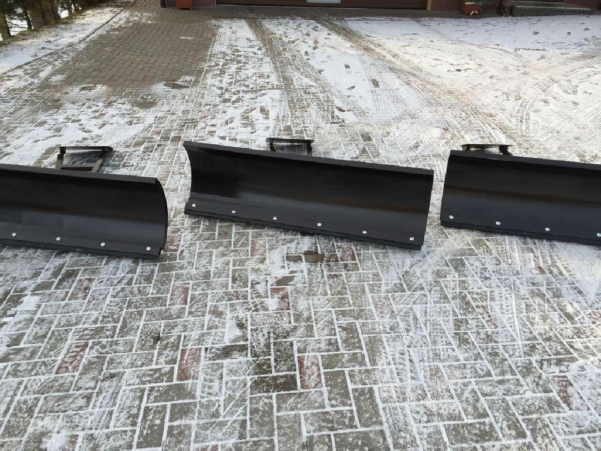 Sniego peilis keturračiui, buldozeris, stumdytuvas