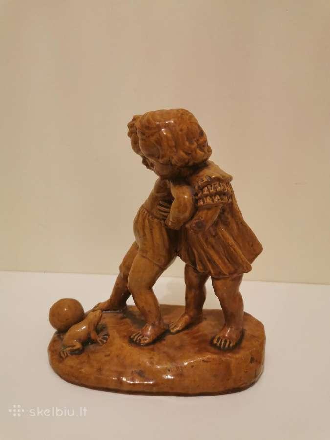 Kauno dailės statulele