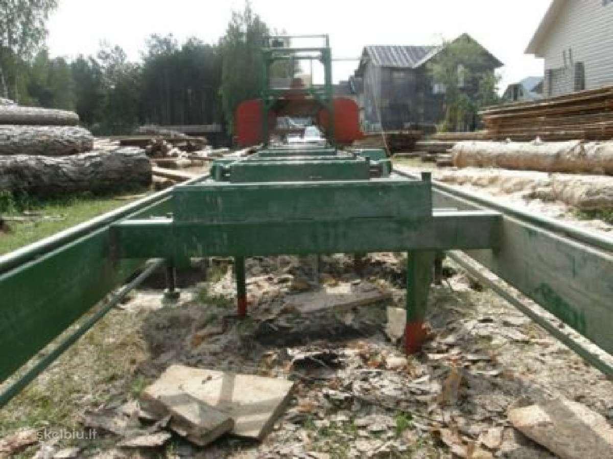 Mobiliu gateriu pjaunu mediena