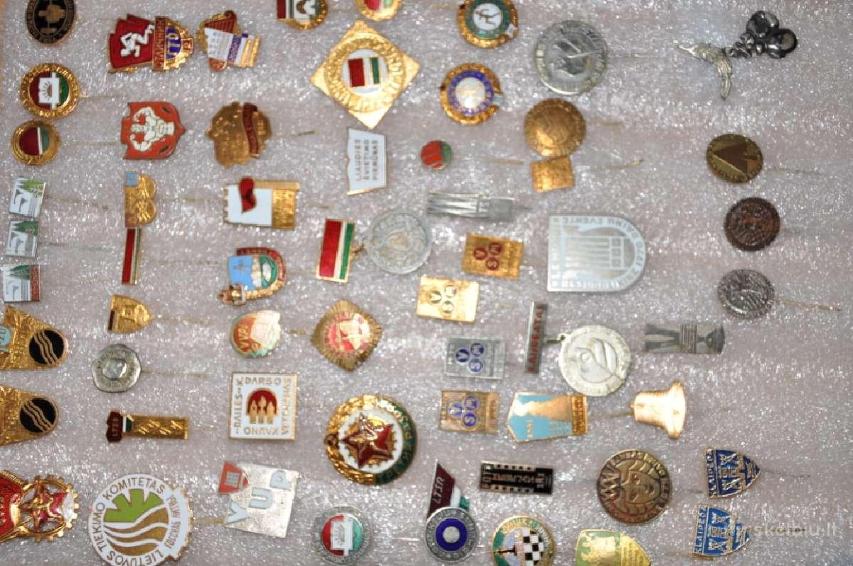 Perku ženkliukus, kolekcijas, medalius