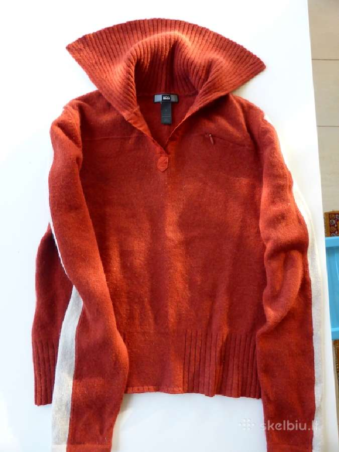 Vilnonis šiltas megztinis berniukui