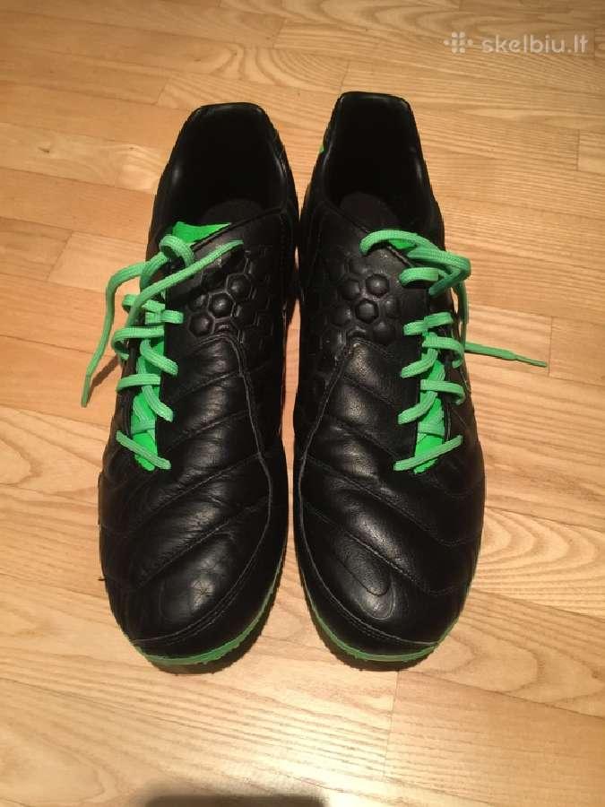 Nike futbolo bateliai - 49 dydis