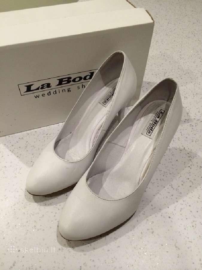 La Boda firminiai bateliai vestuvems