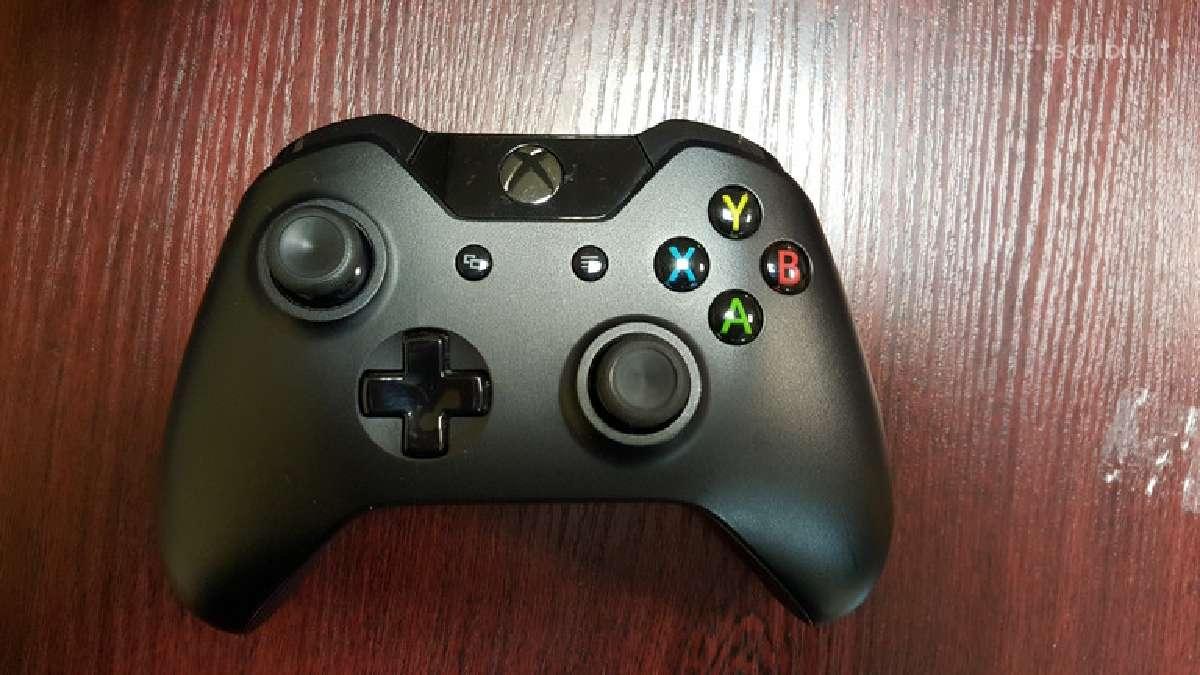 Xbox One priedai