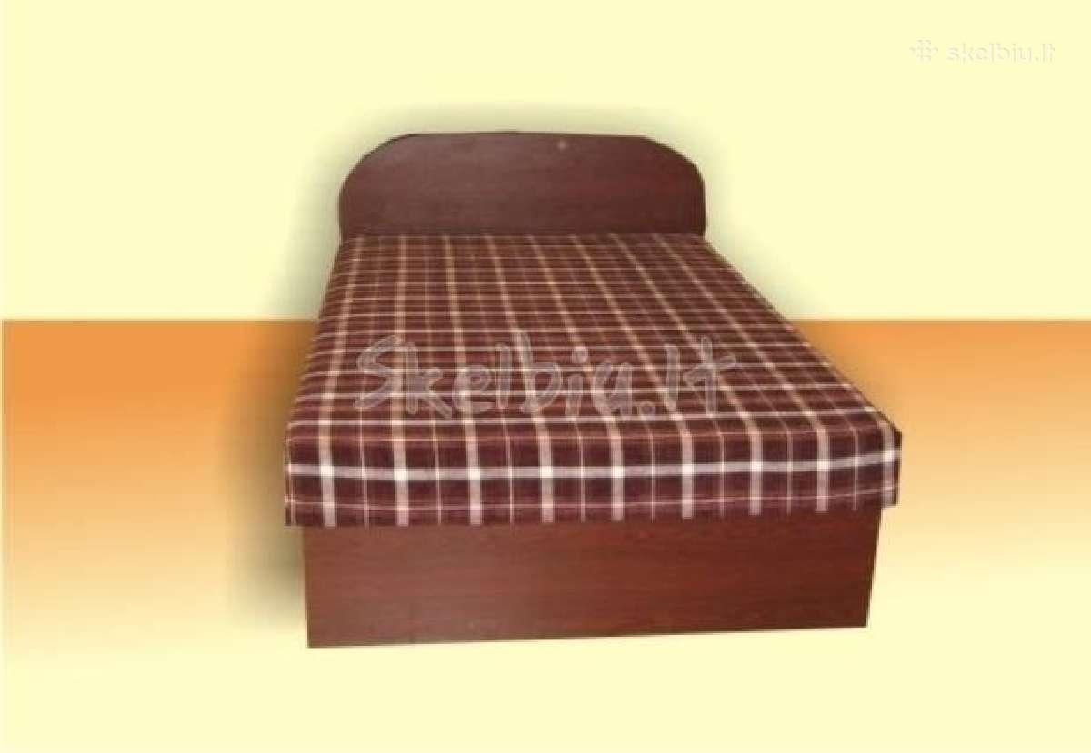 Miegamojo lovos senjorams.