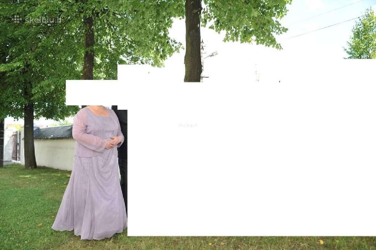 Didelio dydžio proginė suknelė