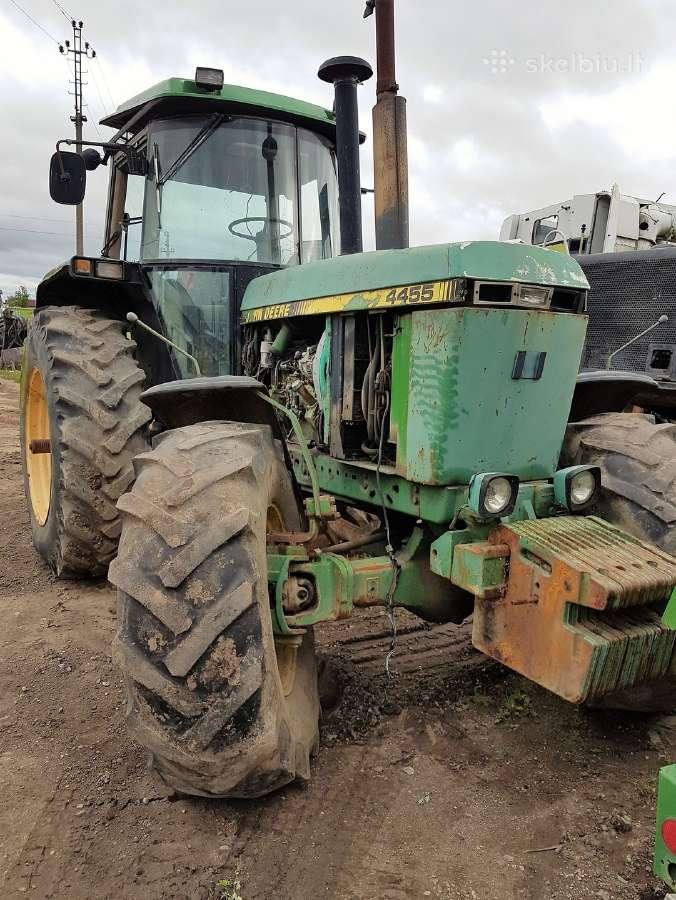 Traktorius John Deere 4455 Ardomas Dalimis