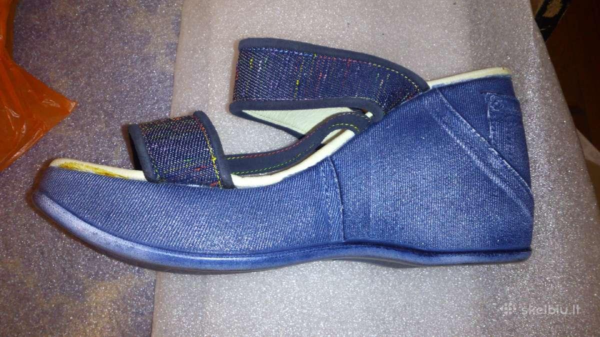 Įvairūs vasariniai moteriški batai