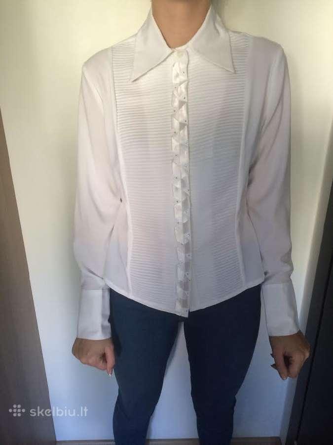 Parduodu baltus marškinėlius