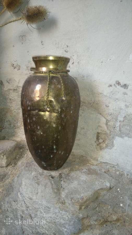 Vaza,paveikslas,šviestuvas