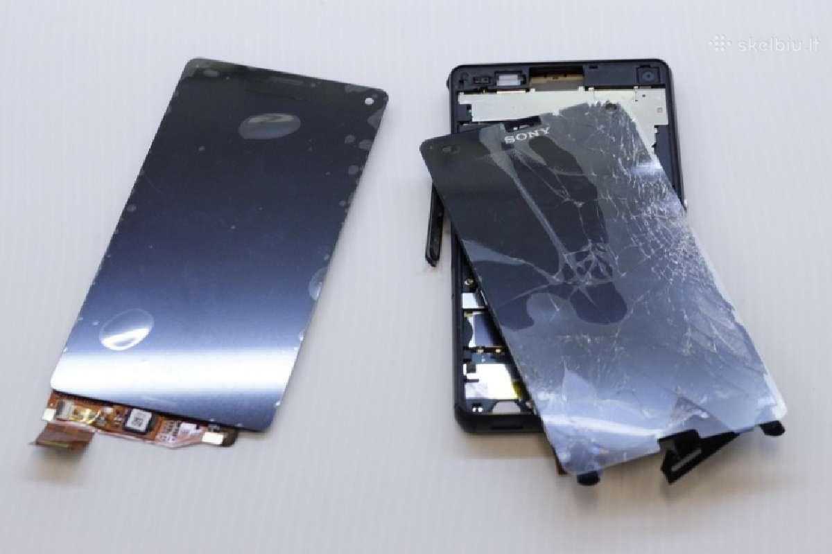 Nauji Sony Xperia ekranai su garantija