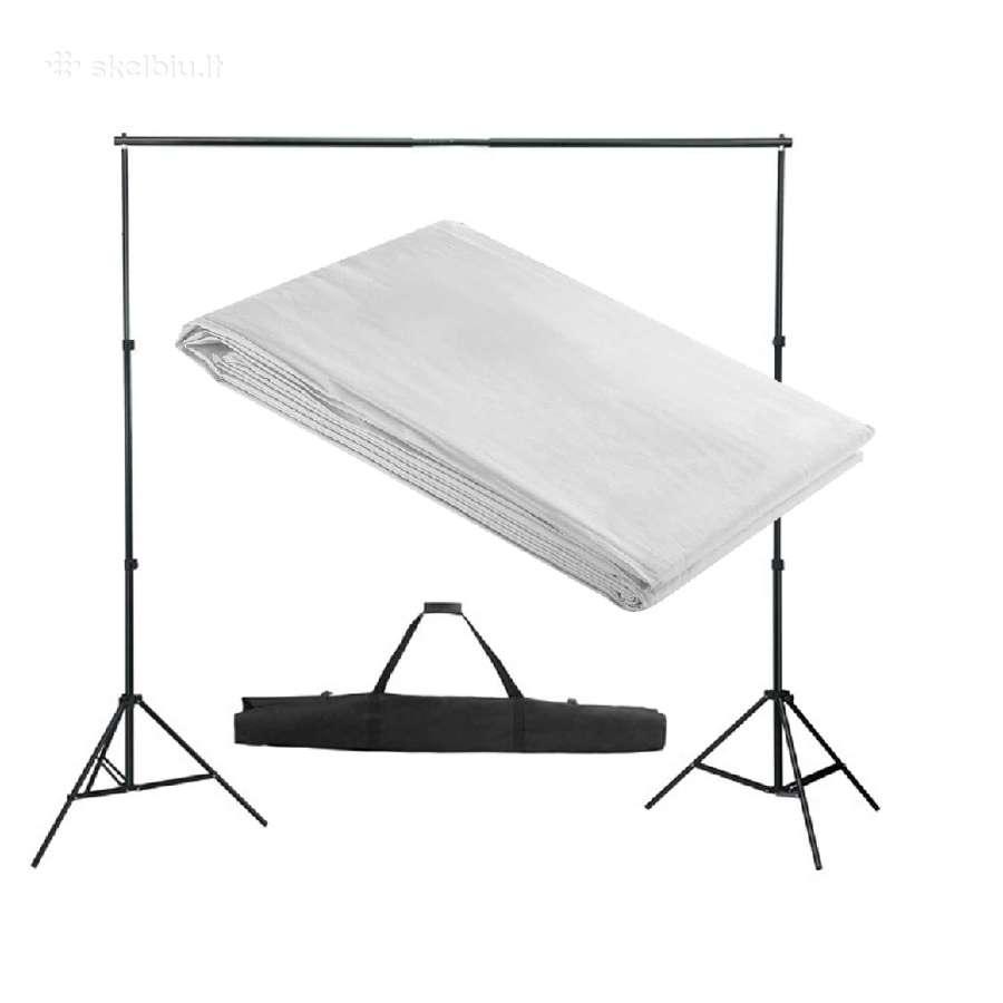 Fono Tvirtinimo Sistema su Baltu Fonu 300 x 300 cm