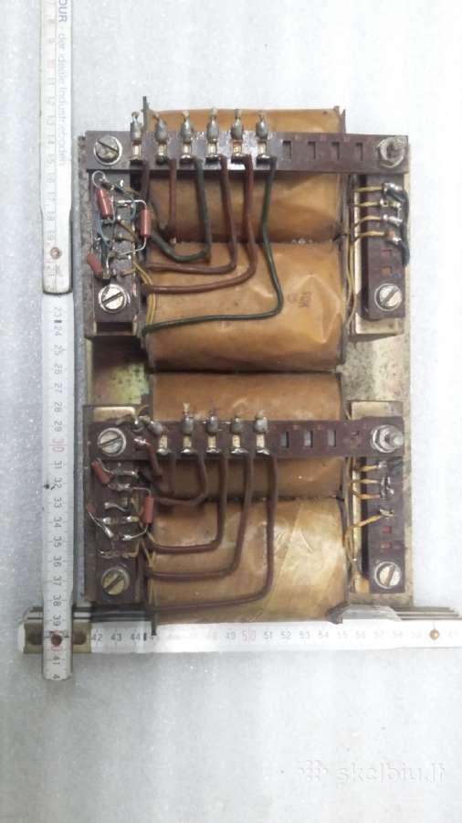 Transformatoriai,įtampos stabilizatorius