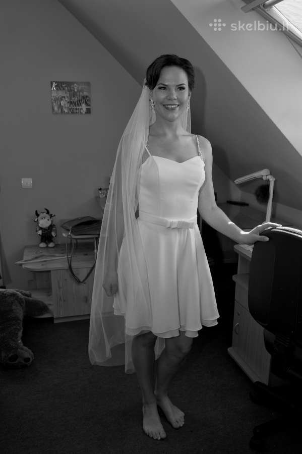 Vestuvinė suknelė su tiulio sijonu (2in 1)