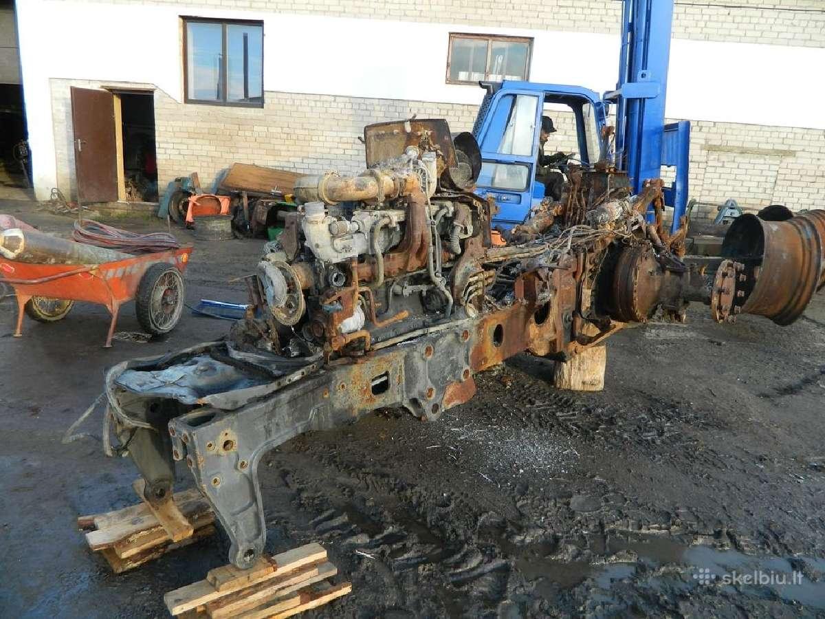 Traktoriaus fendt 820 atsarginės dalys
