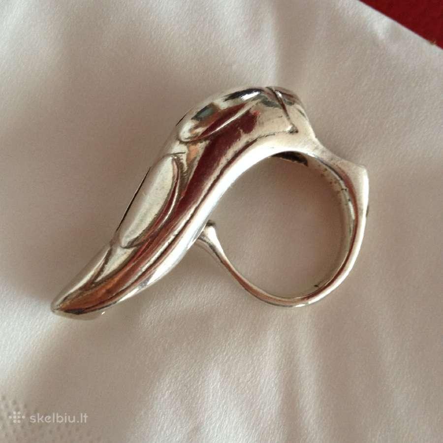 Masyvus sidabrinis žiedas-gyvatė